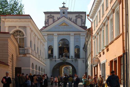 1200px-Vilnius_Dawn_Gate